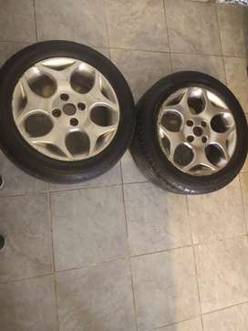Dos Ruedas Ford Fiesta