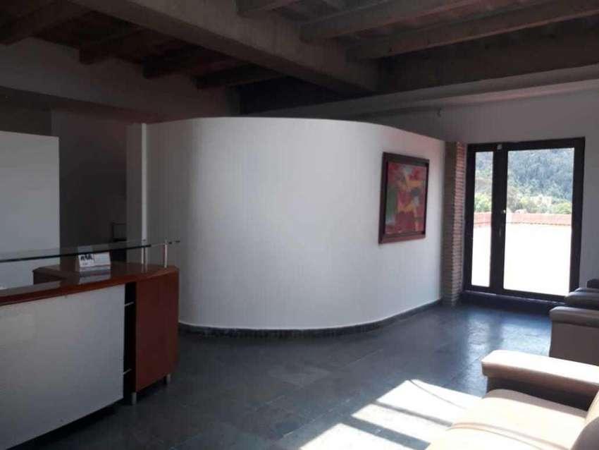 93421 - arriendo oficina Hacienda Santa Barbara 0