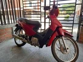 Se vende moto