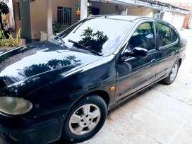 Renault megane en buen estado renovado motor en perfecto estado