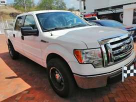 Ford 150 flamante