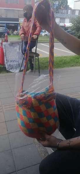 Vendo mochila tejida
