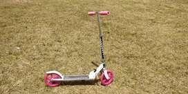 Monopatín niña scooter