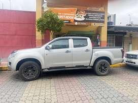 Se vende camioneta chevrolet Dmax 4*4 a diesel año 2014 a toda prueba