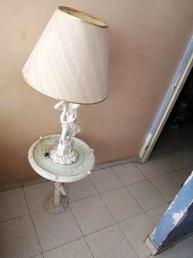 VENDO LINDA LAMPARA EN MARMOL