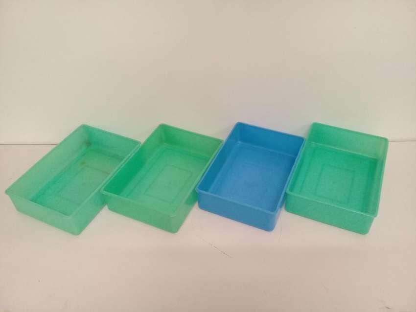 Recipientes Plásticos. 0