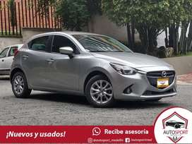 Mazda 2 Touring AT - Financiamos