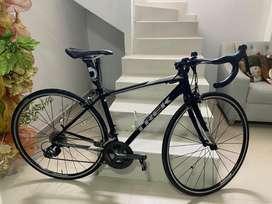Se vende Bicicleta TREK DOMANE AL 2