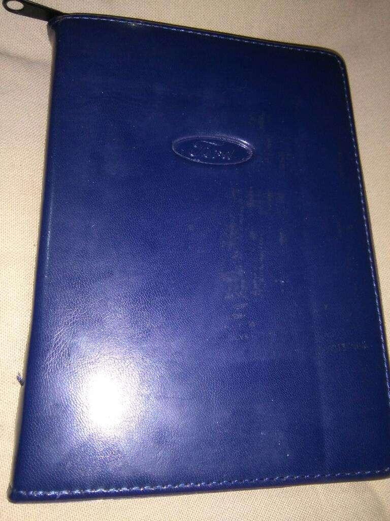 Manual Del Propietario Ford Focus 2000 con Estuche y otros . Excelente 0