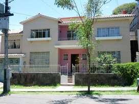 Bella y amplia casa para negocio en Vallecito