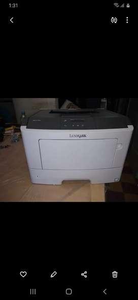 Vendo Impresora Laser NUEVA