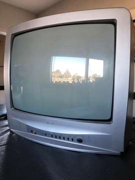 TV Nisato 20''