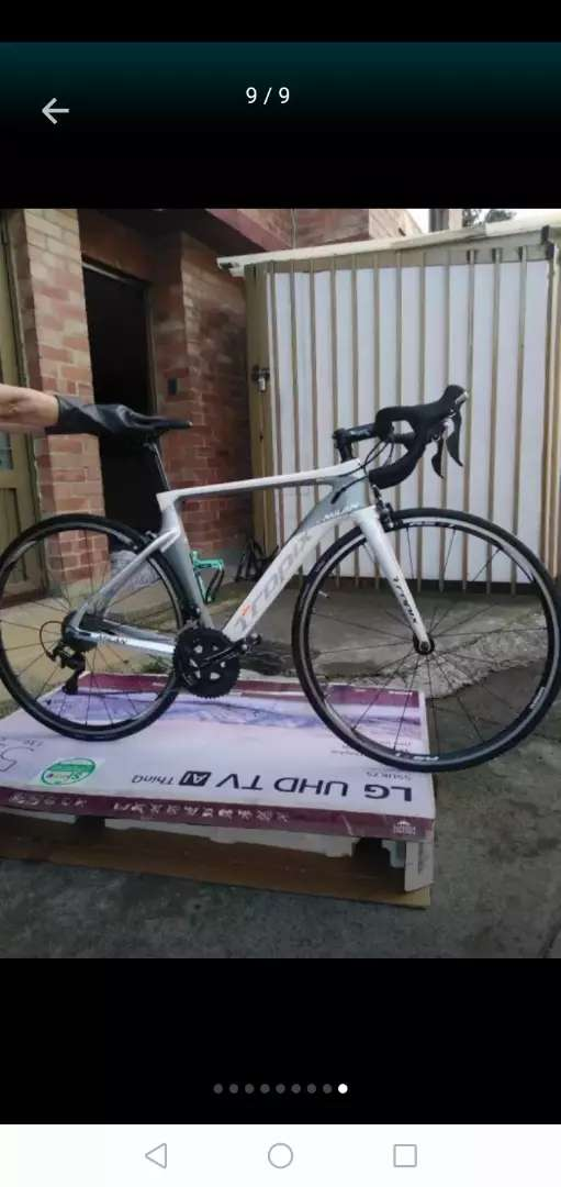 Bicicleta de ruta en carbono 0