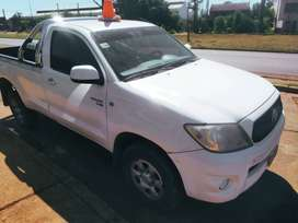 Toyota Hilux 2.5 Dx 4x2 Cabina Simple