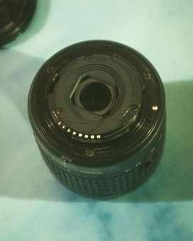 Lente NIKKOR, AF-S DX NIKKOR 18-55 mm f/3.5-5.6G VR Perfecto estado