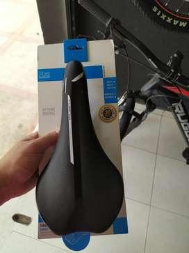 Sillin Pro Turnix Carbono 143mm