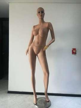 Vendo 3 Maniquies cuerpo Completo mujer