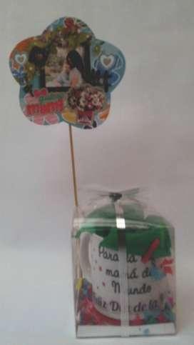 Día de la madres detalle regalo Mug Tasa con Dulces y chocolates