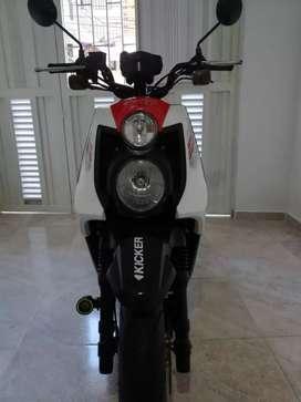 Se vende moto Bws X 2016