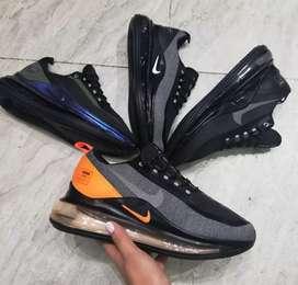 Tenis Nike air máx 720 caballero