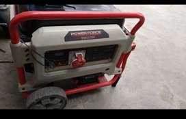 Generador eléctrico a gasolina PowerForce 7500W año 2018