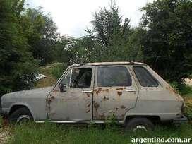 Renault 6 para repuestos.