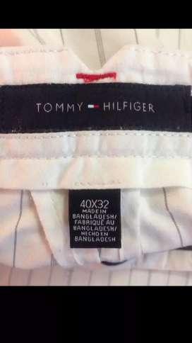 Pantalon Tommy Hilfiger segunda mano  La Campiña