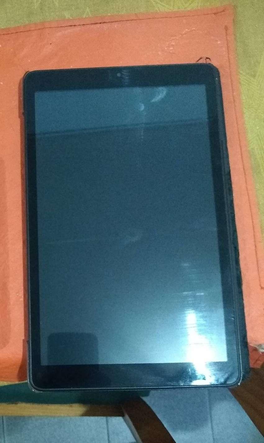 Tablet PC-BOX T102 (antiguedad 2 años) 0