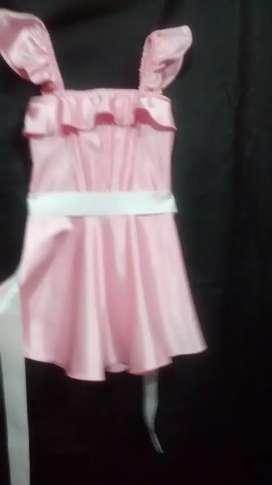 Vestidos para niñas y monitos