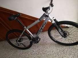Bicicleta de montaña con rines 27.5