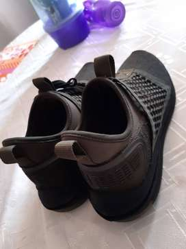 Se vende zapatillas Puma