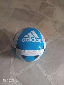 Vendo balon Adidas