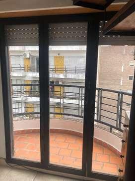 Alq duplex centrico, amplio y accesible