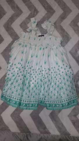 Vestido bebé beba 3 a 6 meses marca Gap