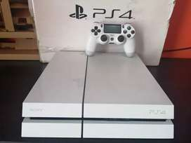 Play station 4 fat