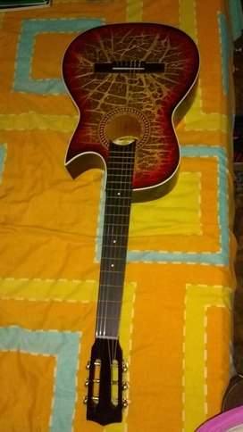 Vendo guitarra nueva sin uso desde la compra con su  forro
