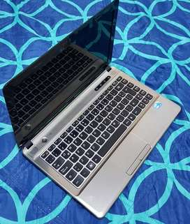 Lenovo core i3, 8gb de ram, 500gb de disco duro