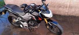Vendo moto CB190R
