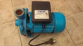 Bomba de agua centrífuga 1/2 hp (usada)