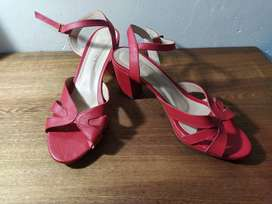 Sandalias casuales marca Mussi