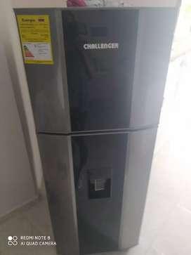 Nevera Challenger nueva