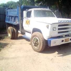 Volqueta Dodge