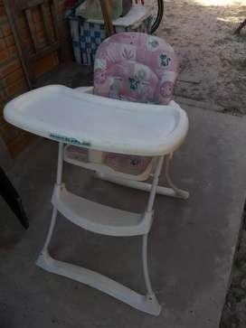 Vendo silla para bebe de nena