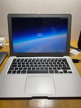 Portail Mac Book Air core I 5 modelo 2013