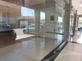 LOCAL COMERCIAL CERCA DE MULTIPLAZA 19-1261