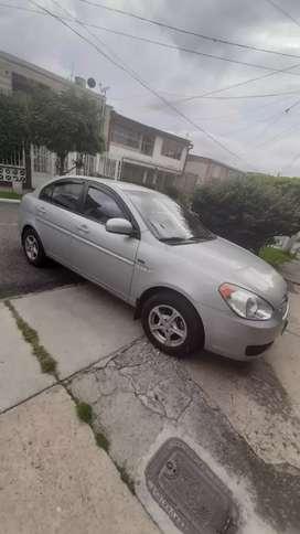 Automóvil Hyundai Accent Visión