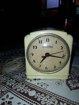 Antiguo Reloj Despertador Electrico.