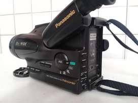 Videocámara PAL N Panasonic, año 1995