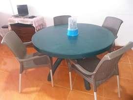 Mesa comedor plastica