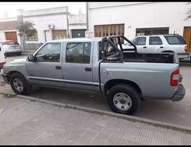 Vendo o Permuto, S10 doble cabina, Diesel 2003 por Kangoo.